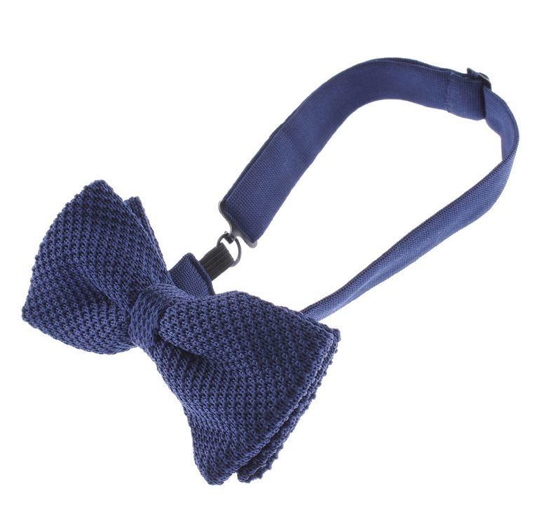 Предварительно завязанная бабочка или «The Pre-Tied Bow Tie»