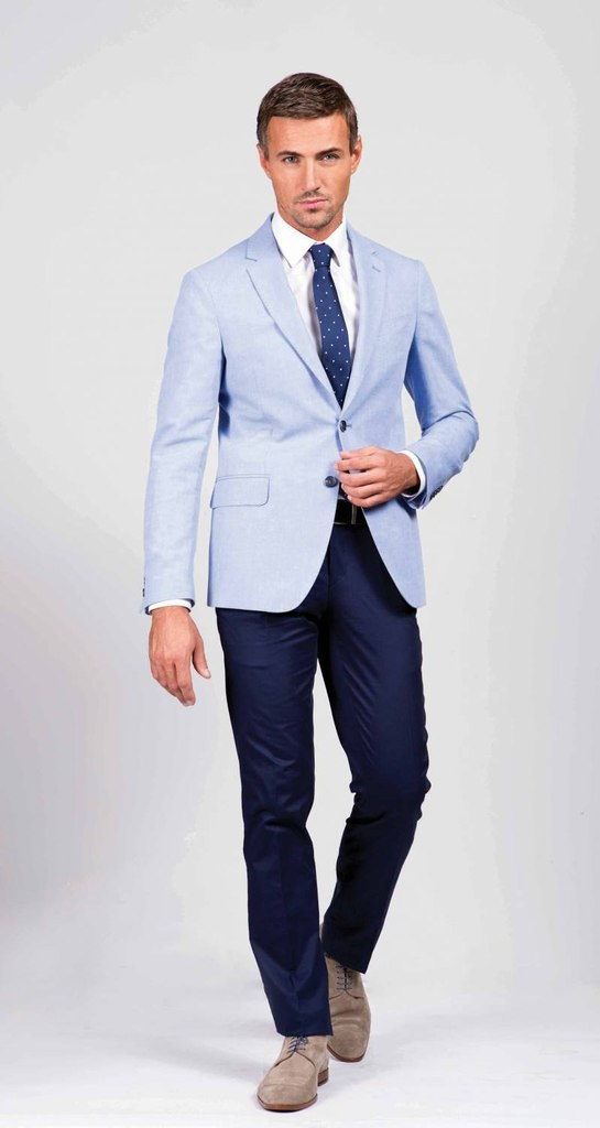 Мужской пиджак с двумя пуговицами