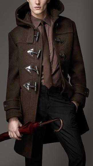 дафлкот можно носить с деловым костюмом
