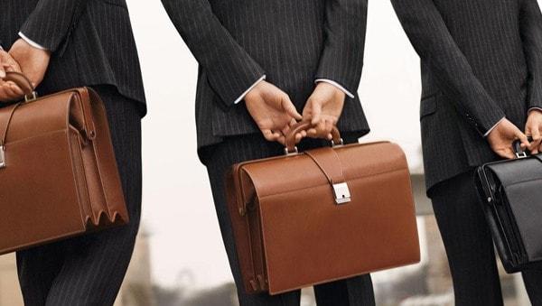 портфель из натуральной кожи коричневого цвета