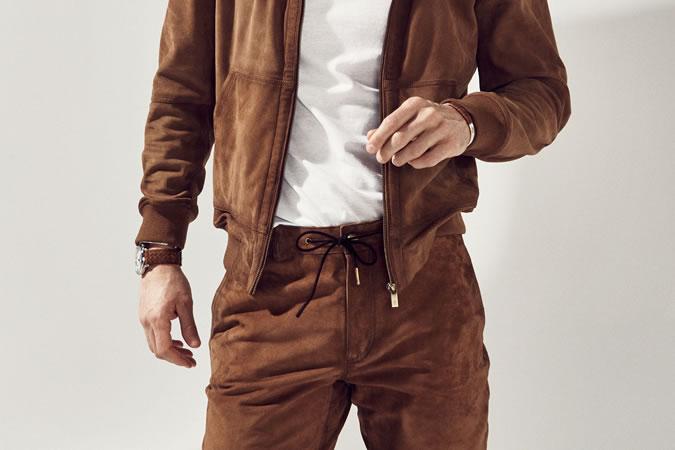 однотонный костюм с шортами