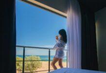 отели в Затоке на берегу моря фото 2